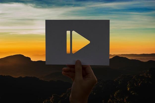 Pausa icona carta perforata intrattenimento multimediale