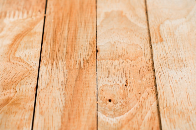 Pavimento in legno e superficie della parete sporca di legno