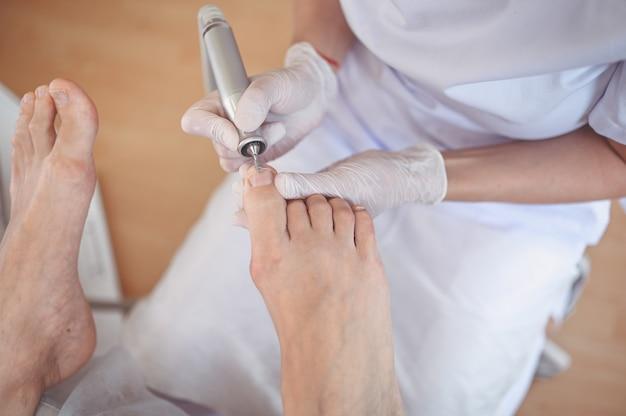 Pedicure medica hardware con trapano per lima per unghie