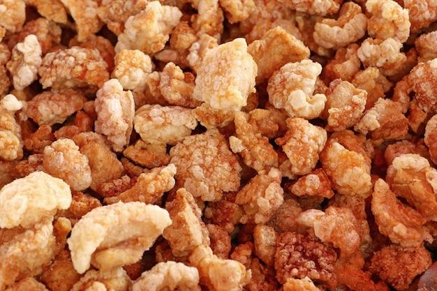 Pelle di maiale croccante fritta