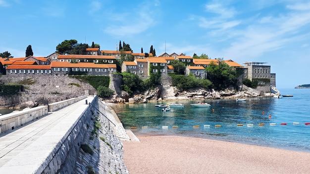 Penisola di sveti stefan in montenegro