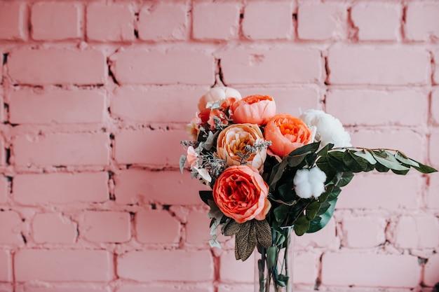 Peonie sul rosa