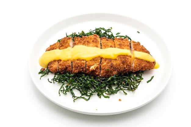 Petto di pollo fritto con salsa al limone e lime