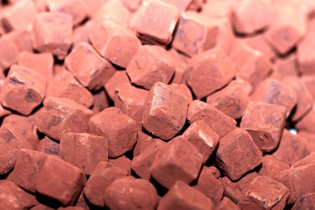 Pezzi di cubetti di cioccolato