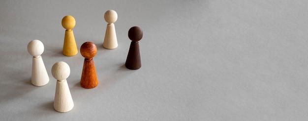 Pezzi di legno di scacchi copia-spazio
