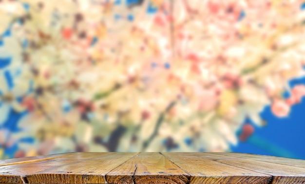 Piano in legno