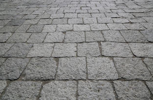 Piano strada pietre