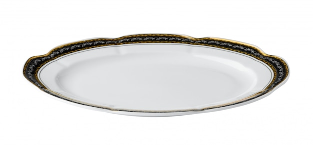 Piatto da tavola ceramico bianco con il confine dorato isolato su fondo bianco