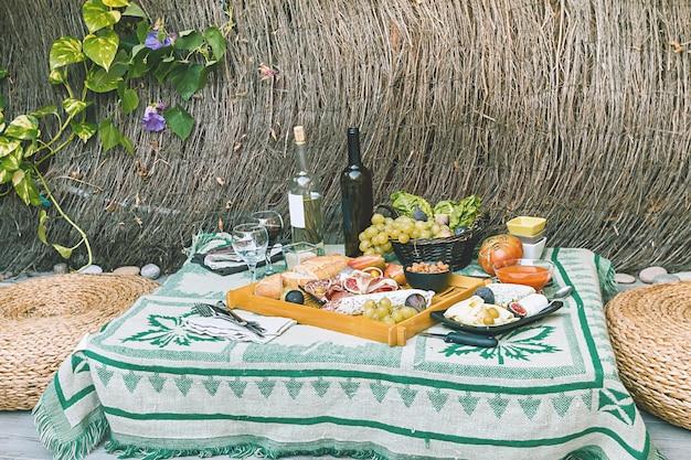 Piatto di antipasti italiani