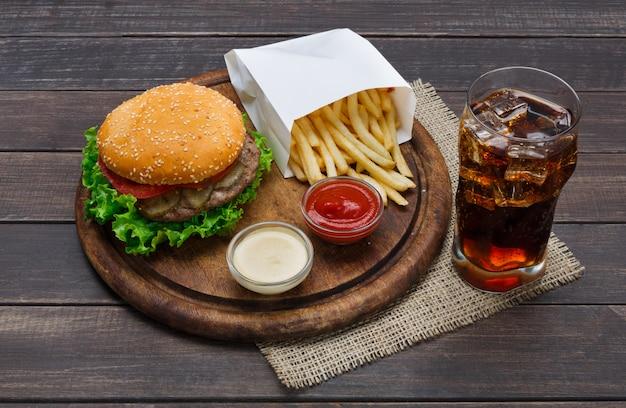 Piatto di fast food