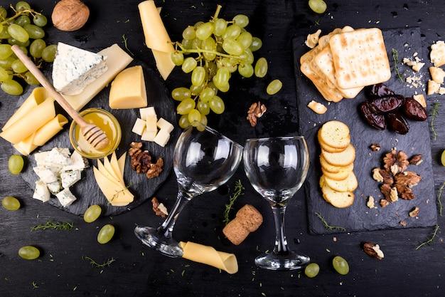 Piatto di formaggi,