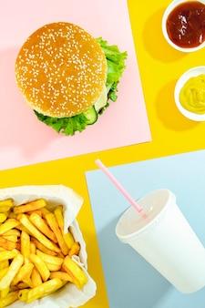 Piatto lay di menu fast food