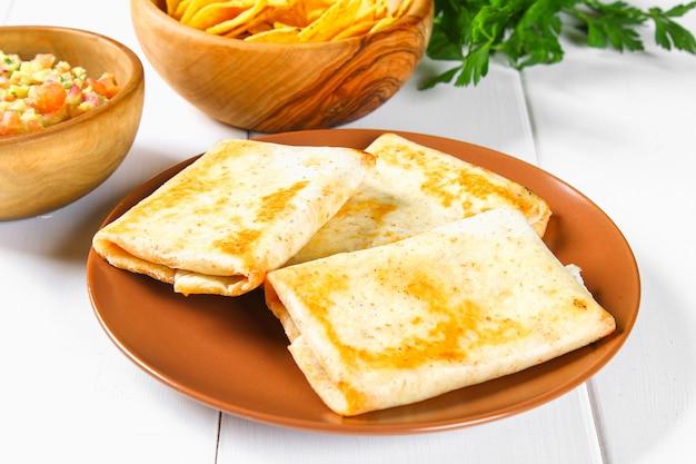 Piatto tradizionale messicano - chimichanga.