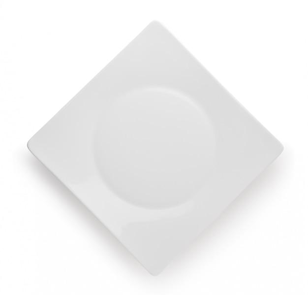 Piatto vuoto isolato su bianco