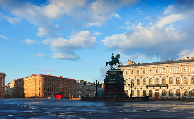 Piazza di s. isacco. san pietroburgo, russia