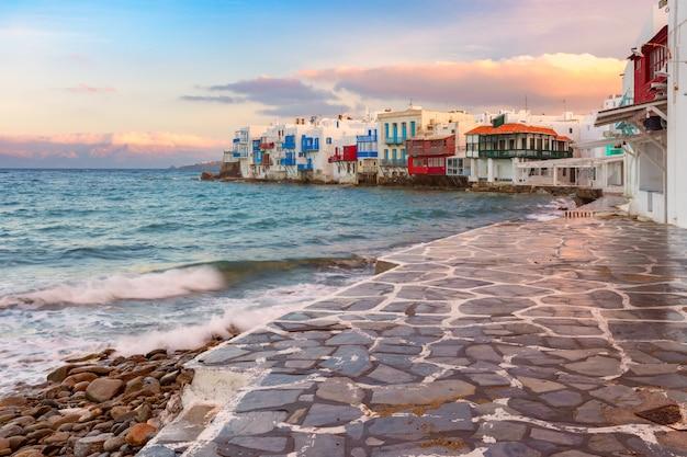 Piccola venezia sull'isola di mykonos, in grecia