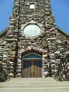 Pietra della chiesa, chiaro