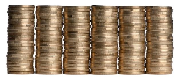 Pila di euro soldi isolati su bianco