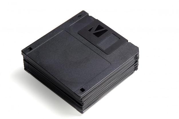 Pila di floppy disk di vecchio formato