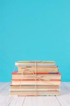 Pila di libri
