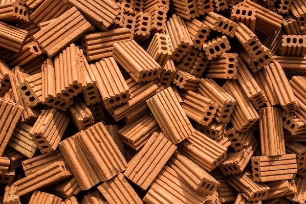 Pila di mattoni