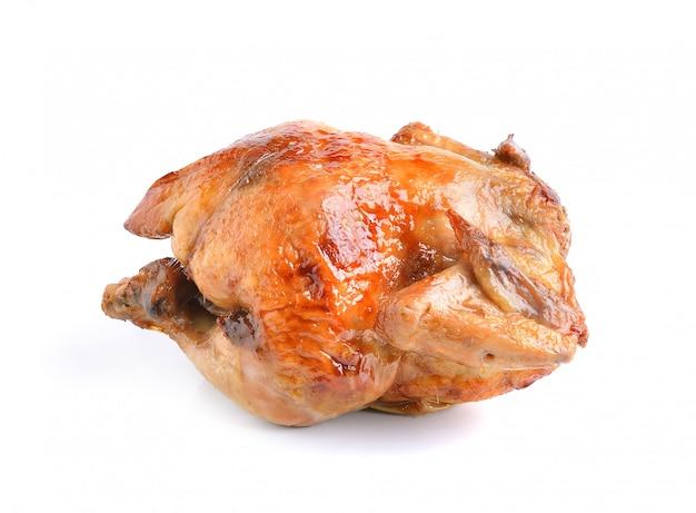 Pollo alla griglia su spazio bianco