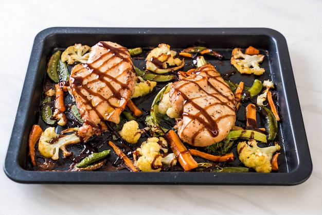 Pollo arrosto con verdure