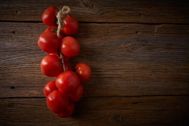 Pomodori pendenti de colgar dalla catalogna