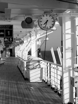 Ponte della nave da crociera