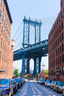 Ponte di manhattan a brooklyn street new york stati uniti