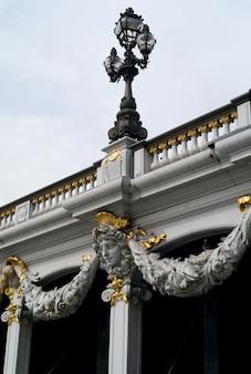Ponte di pont alexandre iii a parigi francia