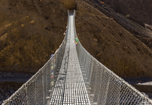Ponte sospeso himalaya nepal.