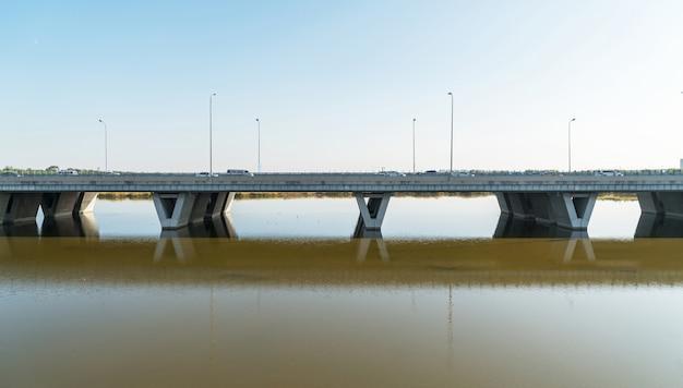 Ponti sul canale a pechino, in cina