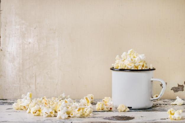 Popcorn salato preparato