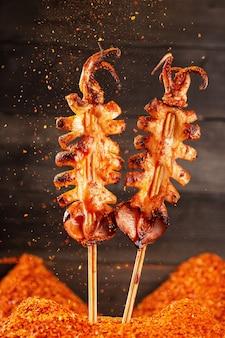 Porcellana dei frutti di mare del pollo del manzo della carne di maiale del barbecue