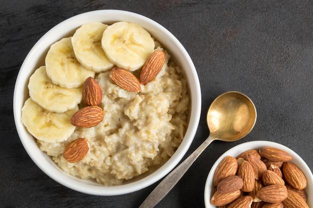 Porridge di farina d'avena utile