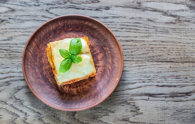 Porzione di lasagne classiche