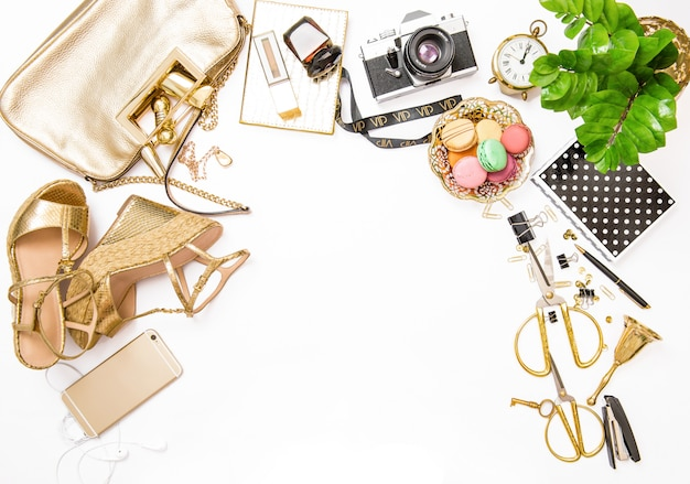 Posa piatta alla moda per social media sito web accessori femminili borsa per scarpe