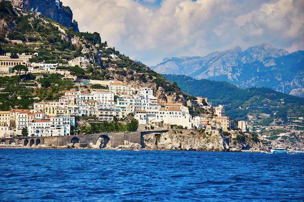 Positano, costiera amalfitana, campania, italia. bella vista