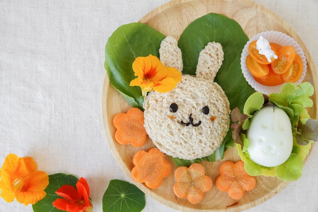 Pranzo a pasqua buny, divertente arte culinaria per bambini