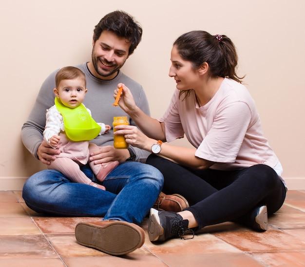Pranzo con bebè e genitori