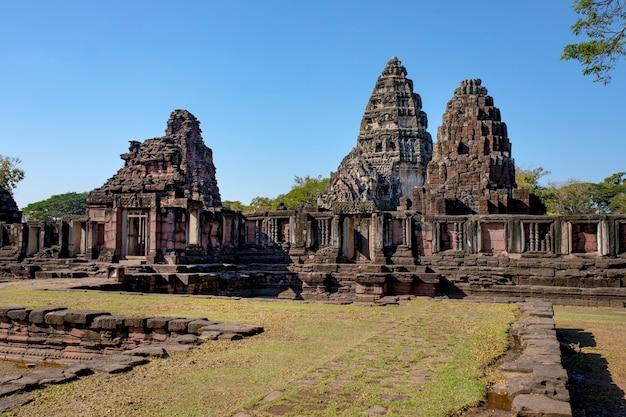 Prasat hin phimai destinazione storica di viaggio in nakorn ratchasima nord est