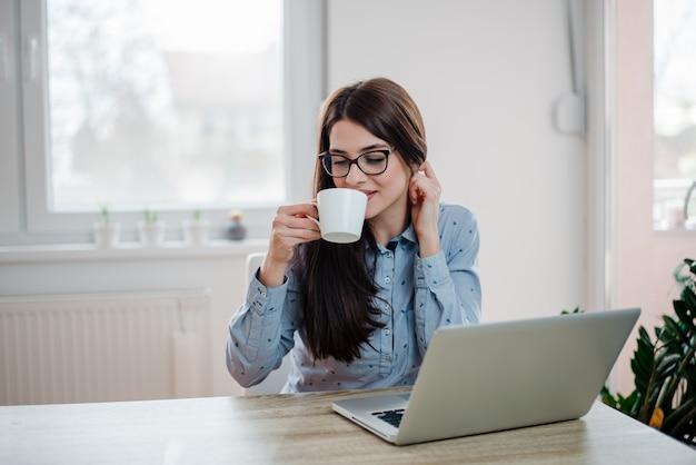 Prendere una pausa. concetto di lavoro freelance.
