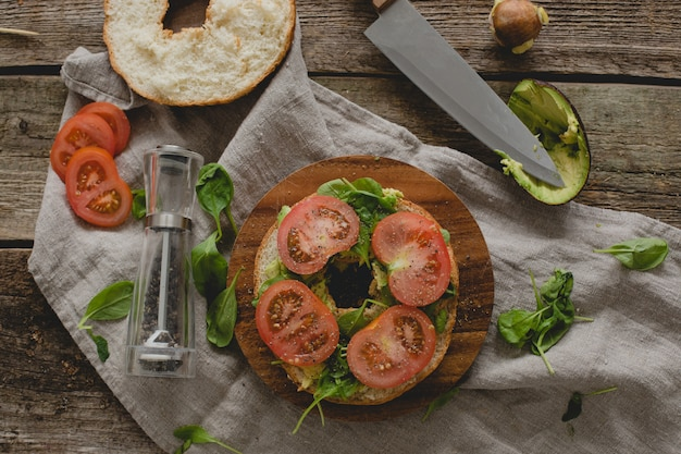 Preparare il panino con ciambella