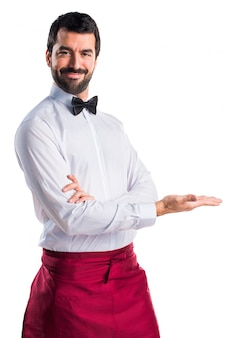 Presentatore uniforme per adulti in barba