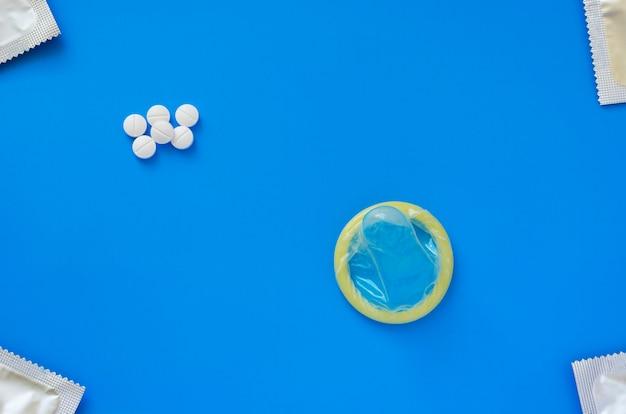 Preservativo e pillole