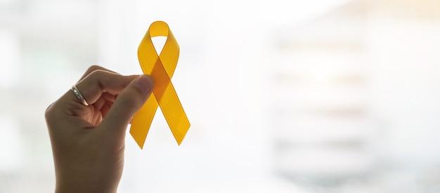 Prevenzione del suicidio e consapevolezza del cancro infantile