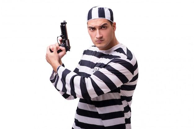 Prigioniero dell'uomo con la pistola isolata su bianco