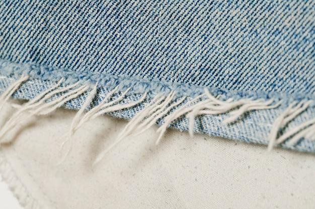Primo piano dei jeans blu-chiaro