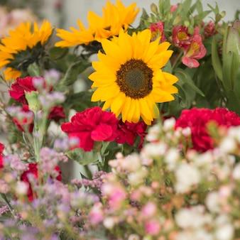 Primo piano del bouquet di fiori belli